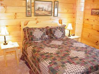 8 bedroom cabins in pigeon forge tn pictures of all 7 8 9 bedroom cabins at eagles ridge in