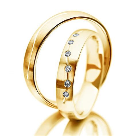 Meister Trauringe by Meister Trauringe Gold Gelbgold Trauringe Juwelier