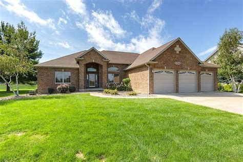 351 niabi zoo rd coal valley il 61240 home for sale