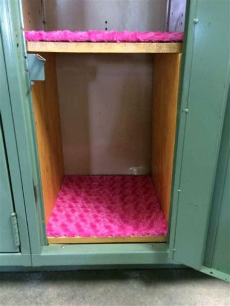 making  fuzzy locker rug thriftyfun