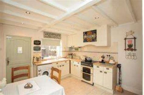 2 bedroom house leicester 2 bedroom detached house for sale in saddington road fleckney leicester le8