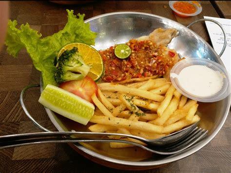 Tempat Sambal Sendok T0103 Golden buat kalian yang suka makan ikan dori jangan lupa mencicipi quot fish cheap quot backpacker jakarta