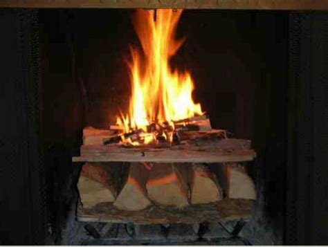 cheminee allumage bois de chauffage comment allumer feu simplyfeu