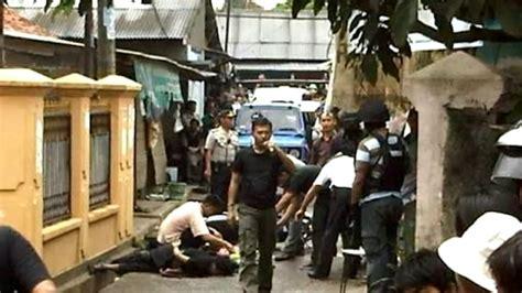 detik tangerang detik detik penangkapan 4 terorisme di tangerang selatan