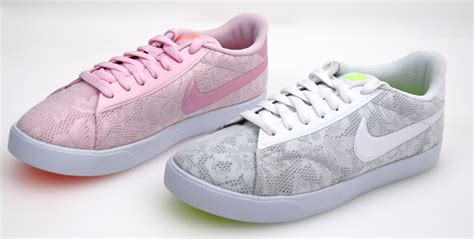 email nike indonesia nike woman sneaker shoes platinum or pink code 902860 wmns