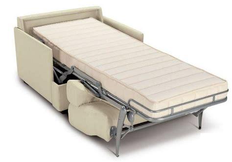 nuove posizioni a letto 17 migliori idee su poltrona letto su poltrona