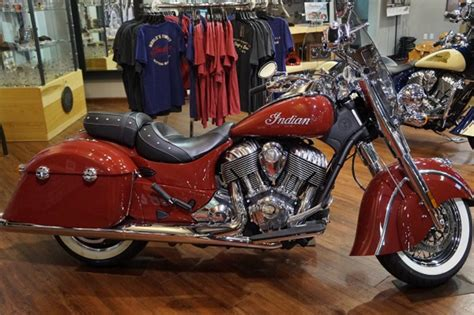 Page 128105 ,New/Used 2014 Indian Chief Classic Indian Red