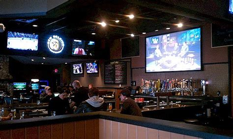 boulder tap house lynn s top 5 places to watch the super bowl in central minnesota