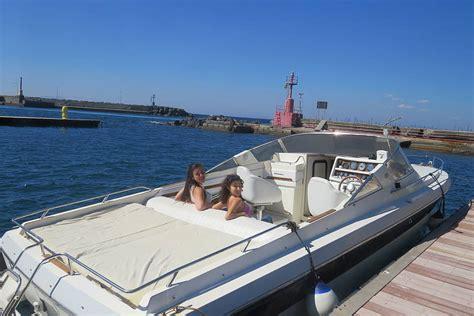 speed boat book luxury speedboat tour of capri book online capri