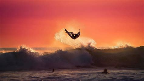 surfing wallpaper  screensavers  images