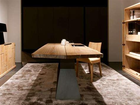 tavoli di legno grezzo tavoli in legno grezzo foto design mag