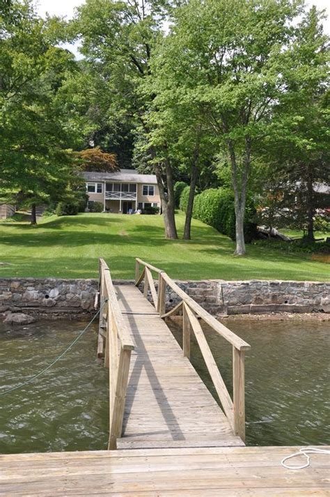 Book Review Candlewood Lake By C Sansevieri by Candlewood Lake Waterfront Vrbo