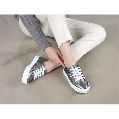 Sepatu Fashion Sneakers Semi Boots Platform Velcro Glitte 1 s glitter gray white platform low top fashion