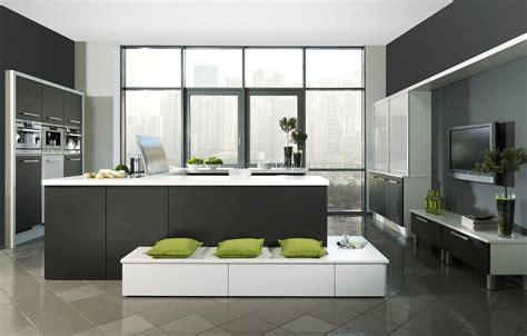 kücheninseln mit waschbecken minimalisti design leuchten