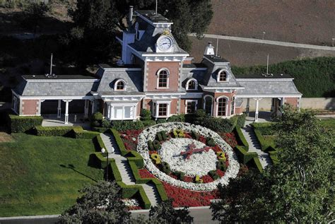 michael jackson house neverland michael jackson s neverland ranch on sale for 100 million extravaganzi
