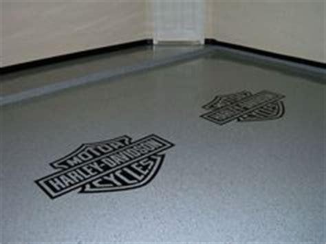 Harley Davidson Garage Floor Mats by Epoxy Chip Garage Floor With Harley Davidson Logo