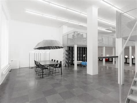 modern minimalist office interior design decobizz com simple elegant contemporary decor decobizz com