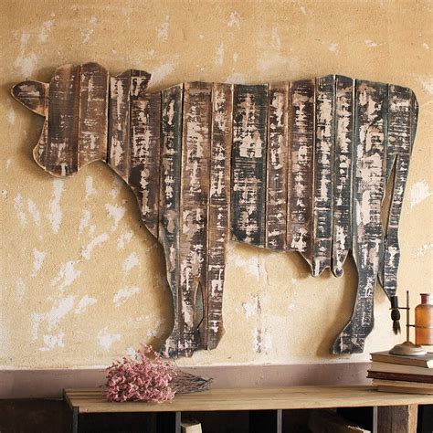 finding the artistic barn wood creative ideas for your own reclaimed wood wall