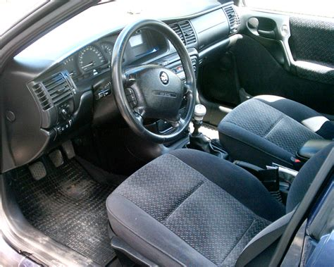 opel vectra 1995 interior file opel vectra b interior jpg wikimedia commons