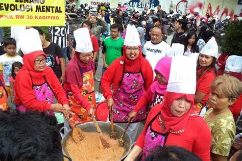 Revolusi Mental By Buku Murah jenang revolusi mental ala ibu ibu pkk kelurahan kadipiro