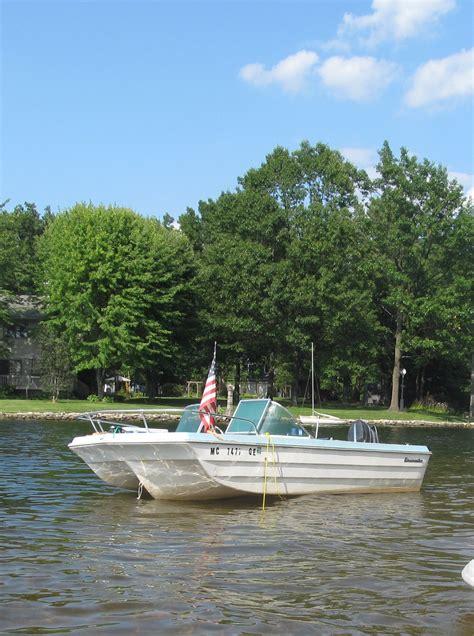 mfg tri hull fiberglass boat fiberglassics 174 my glassmaster tri hull craigslist find