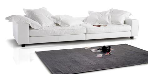 rivestire divano in pelle rivestire il divano arredare la casa con il denim