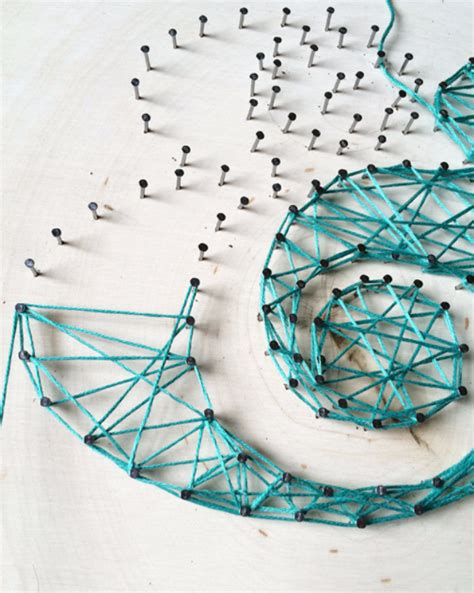 Typographic String - 40 insanely creative string projects diy projects