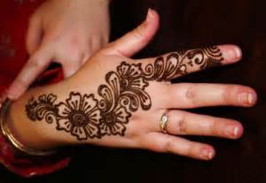Flower henna design for hand creative henna designs