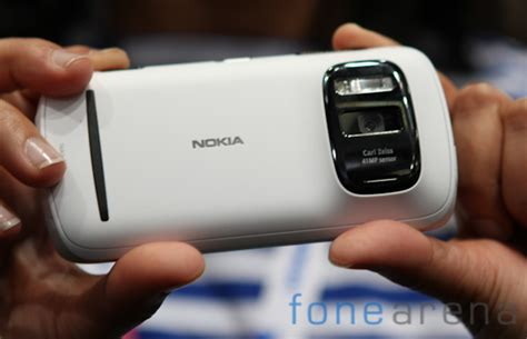 nokia 808 mobile price nokia 808 pureview price drops to rs 24 999
