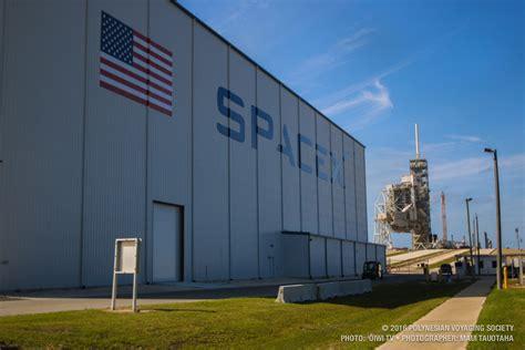 Spacex Office Building Hokulea Hōkūleʻa Update April 7 2016 Hokulea