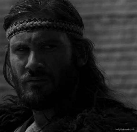 angry rollo clive standen on vikings les 271 meilleures images du tableau quot the vikings quot rollo