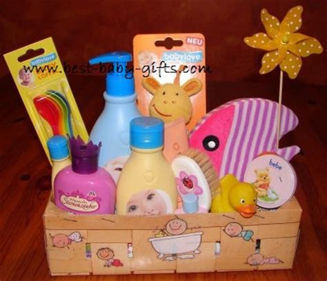 Inexpensive Baby Shower Gifts by Cheap Baby Gift Basket Savvy Tips For A And