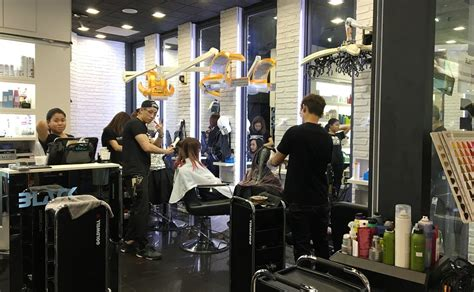 top black hair stylist best hair salons in singapore