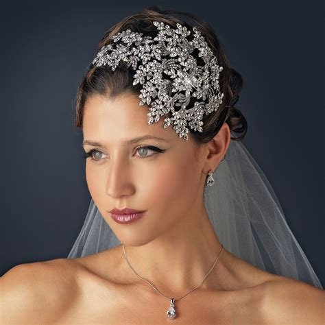Rhinestone Headpiece the key to picking the bridal headpieces