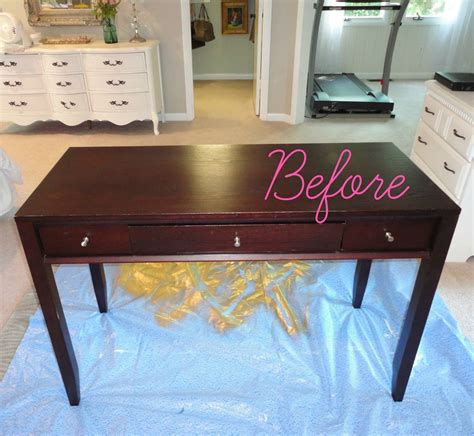 Diy Painted Desk Livelovediy Diy Thrift Store Desk Makeover Using Silver Leaf