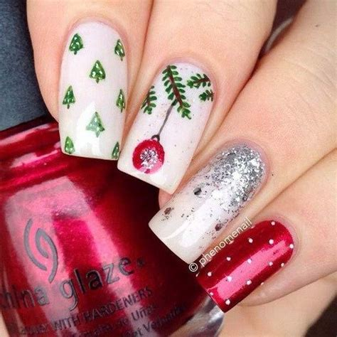 For A Properly Festive Vibe Get Nails And A Mysterious Smokey Eye From The By Terry Collection Fashiontribes festive nail designs for 2017 an outstanding