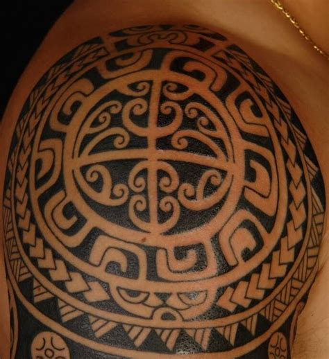 wrap around tribal tattoos 98 best wrap around deltoid images on