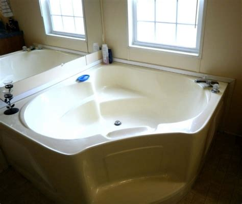 paint for bathtubs at lowes lowes clawfoot tub full size of ideas about bathtub liner