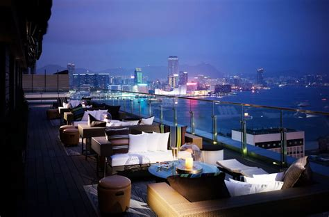 Best Roof Top Bars by 5 X De Beste Rooftop Bars In Hong Kong Inhetvliegtuig Nl