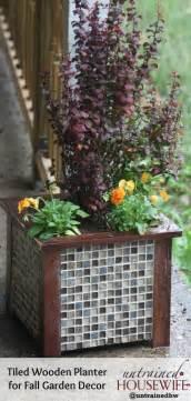 Garden Planter Sets Gorgeous Tiled Wooden Planter Diy For Garden Decor
