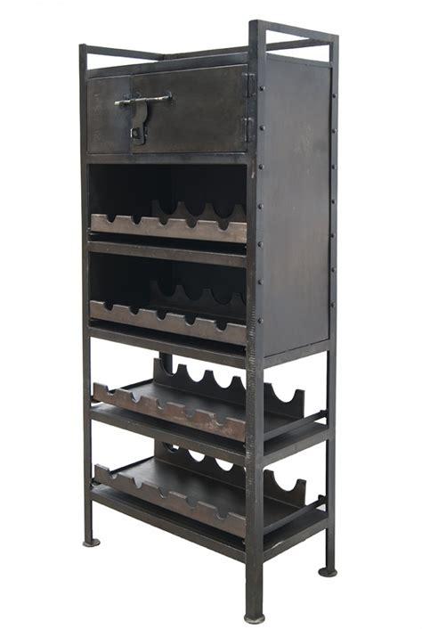 Porte bouteilles industriel fabriqués en métal pour bars