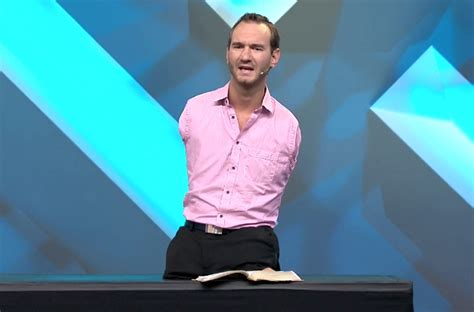nick vujicic biography youtube limbless evangelist nick vujicic thanks god after