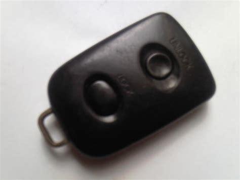 Remote Alarm Mobil Xenia genuine daihatsu porter 2 button remote key fob