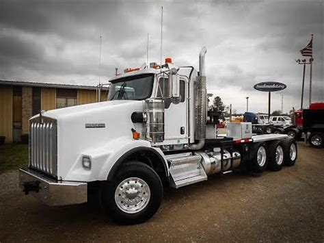 Kenworth Sleeper Cab For Sale by 2013 Kenworth T800 Ext Cab Tri Axle Sleeper For Sale