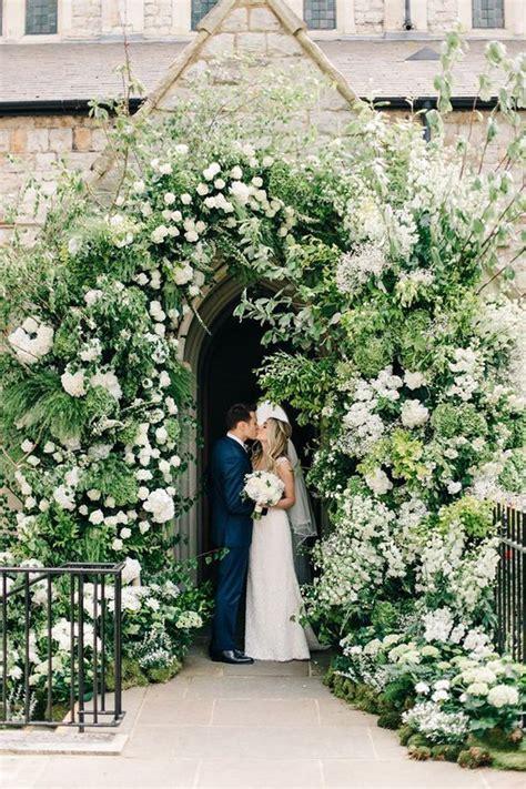 DECORACIÓN DE ENTRADA A LA IGLESIA   Blog de bodas de Una