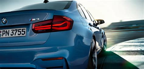 bmw  blue rear side view hd images latest cars