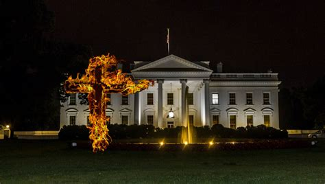 burning of the white house donald trump adds a burning cross to the white house festive decorations