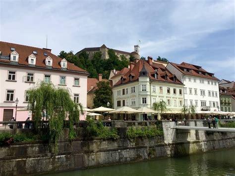 turisti per caso slovenia slovenija ljubljana lungofiume della ljubljanica