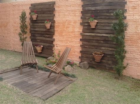 wooden garden walls diy recycled pallet garden wall ideas pallets designs
