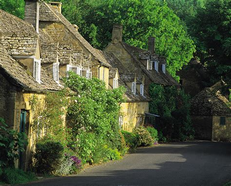 Cottages In Cotswolds by Cotswold Thatch Or Cotswold Cotswoldjourneys